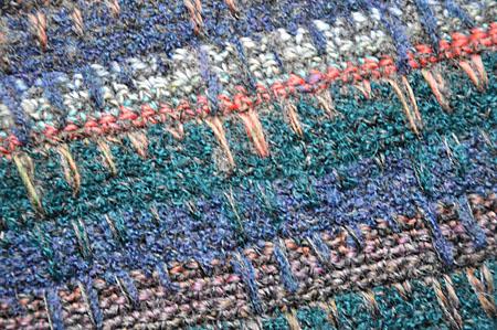 mannesjaals roodwitzwart en jeans 025